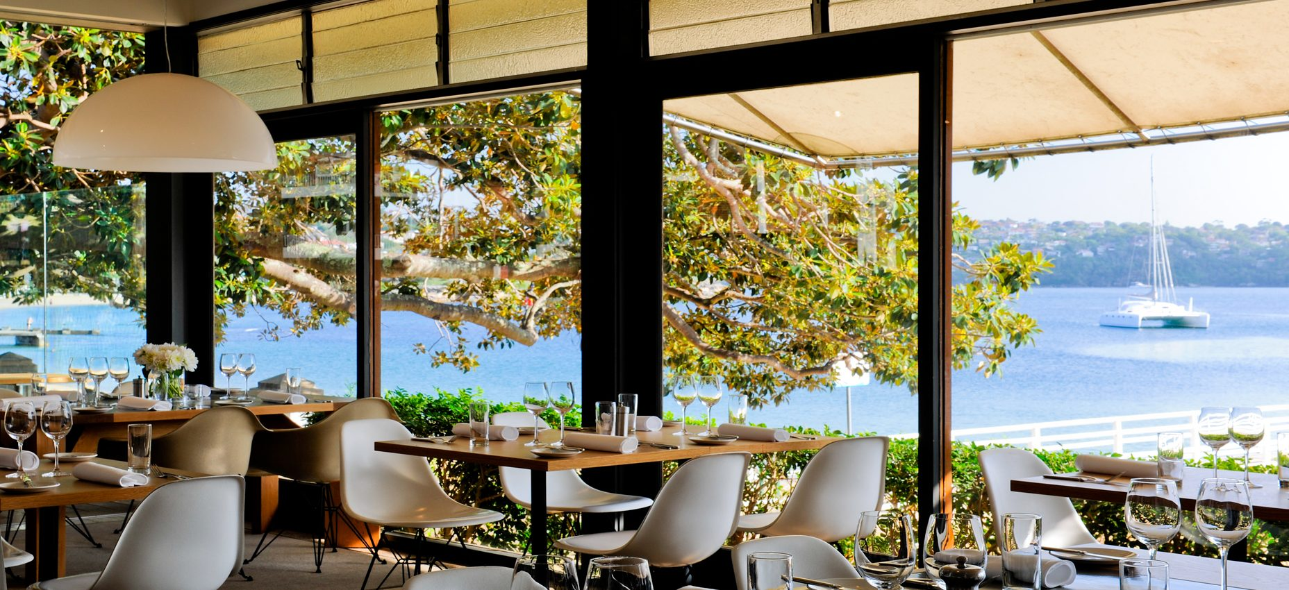 Great Waterside Dining In Balmoral Pacific Boating